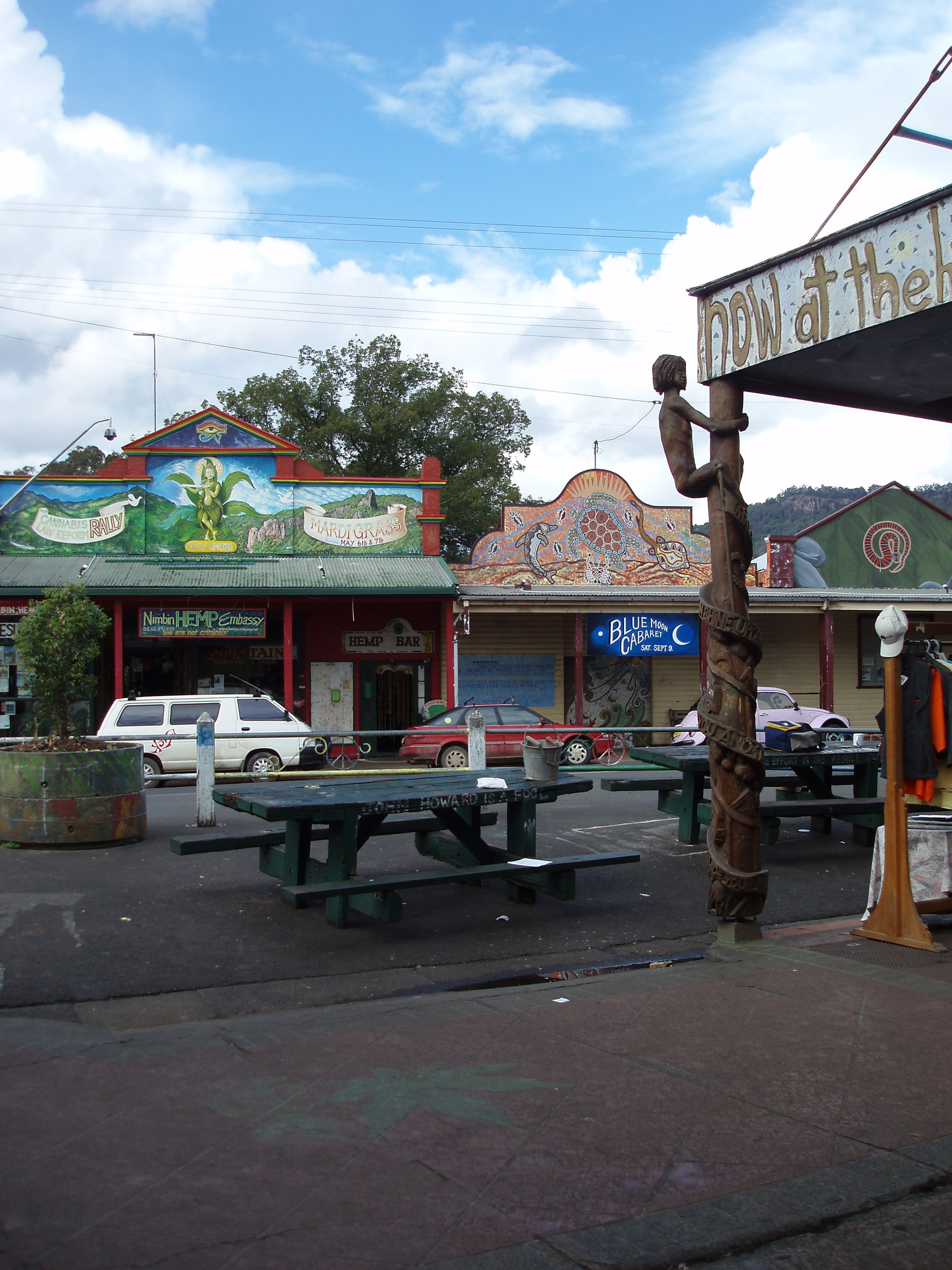 nimbin is a small town in northern new south wales famous for its hippy culture