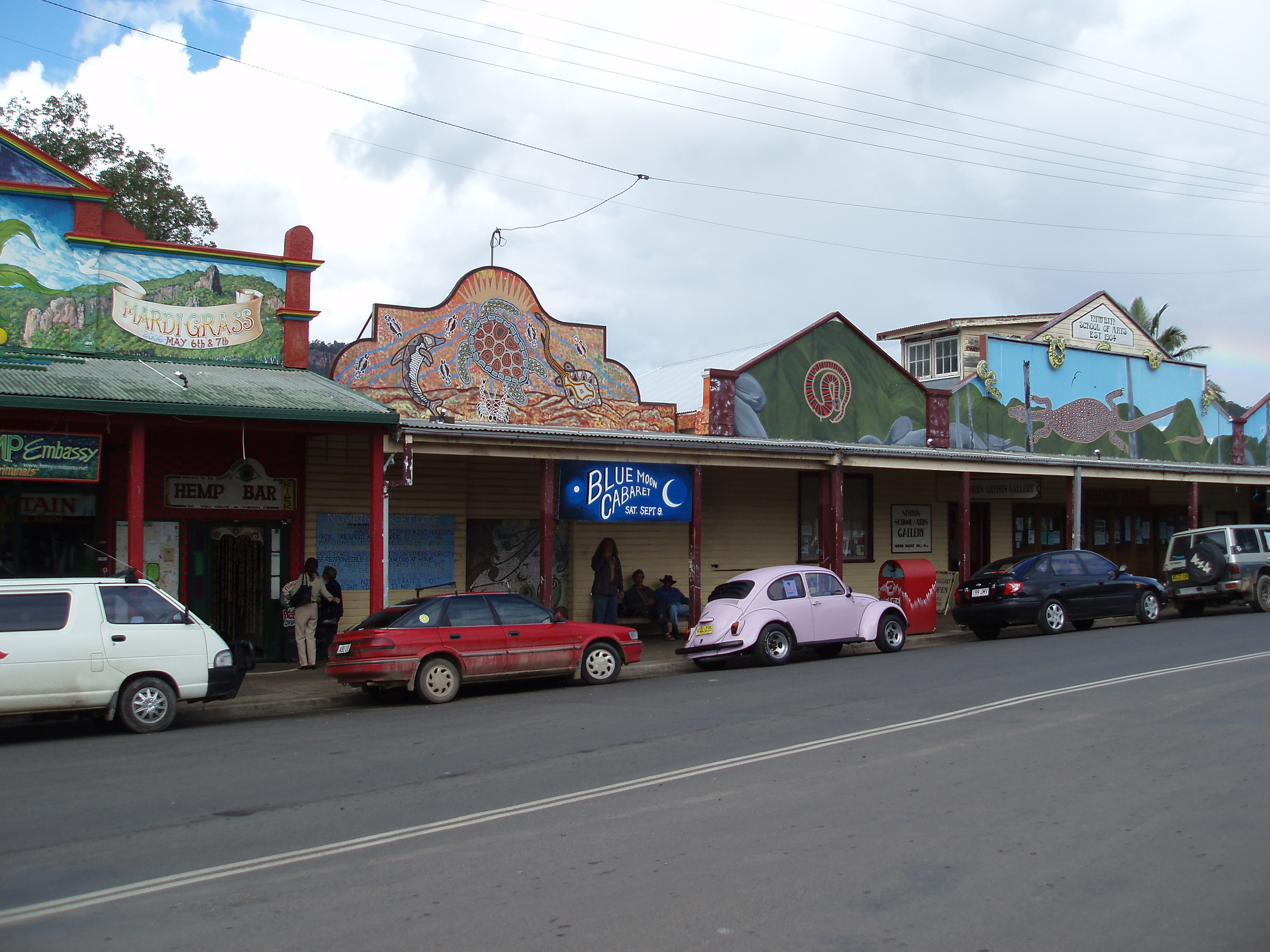 shops along the sides of nimbins main street, nimbin famous for its hippy culture