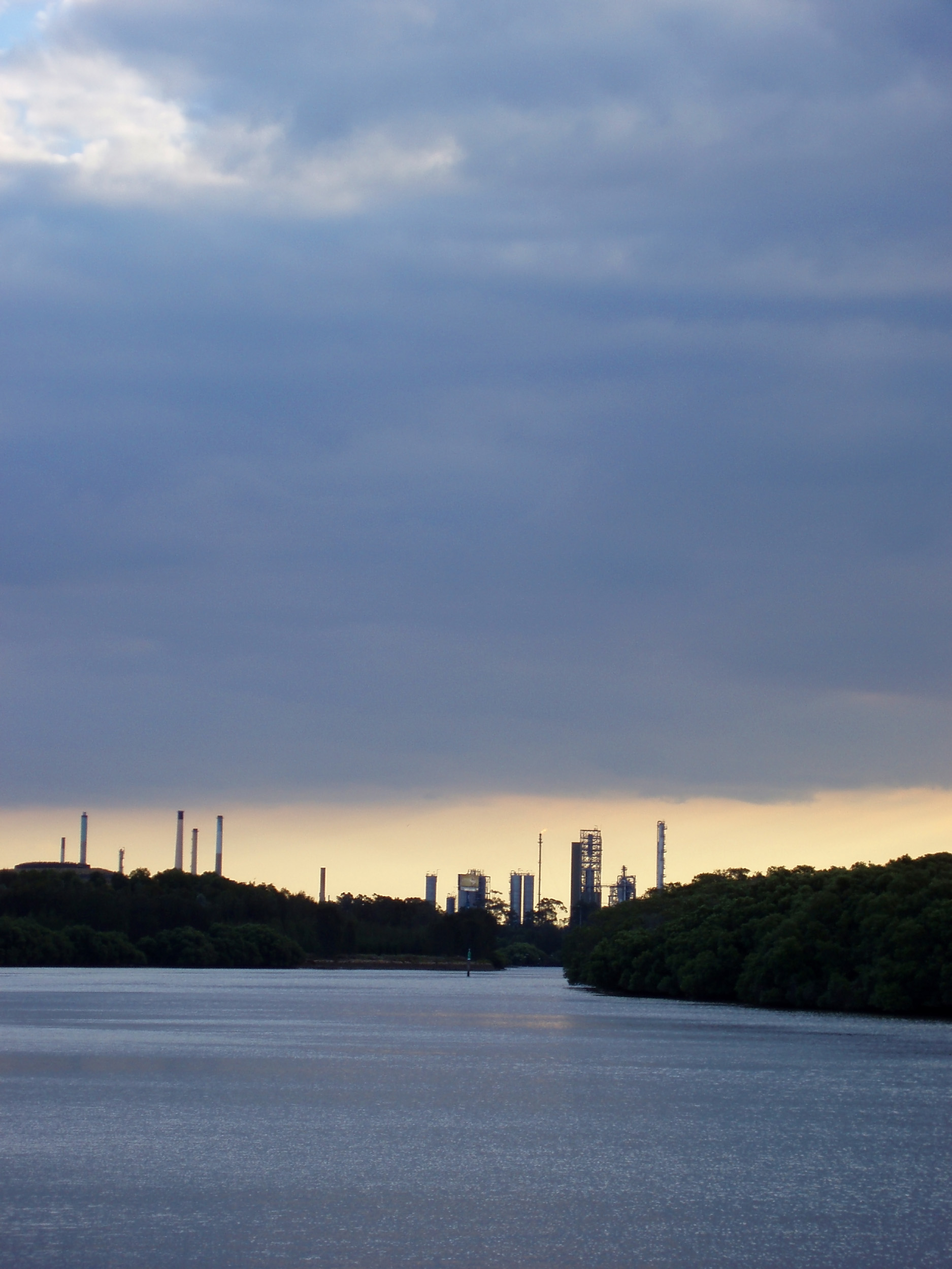oil refinery plant and heavy industry on the parramatta river at clyde in sydneys west