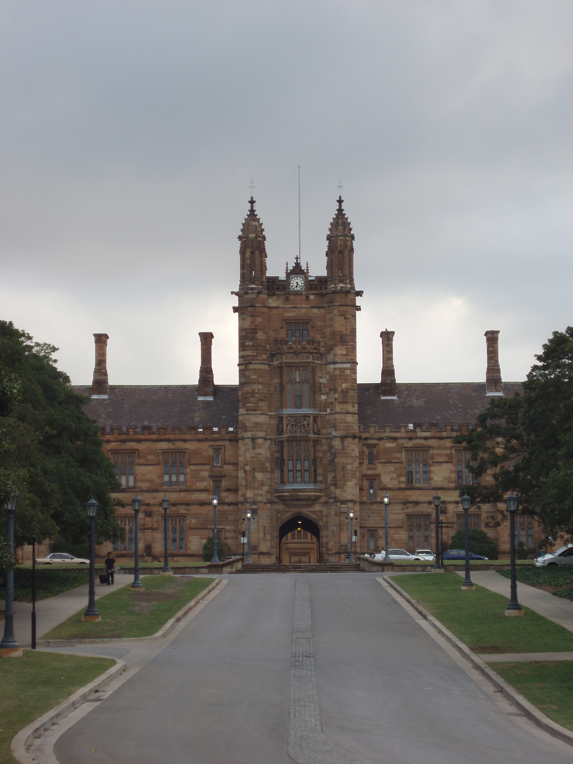 gothic revival buidings of the university of sydney