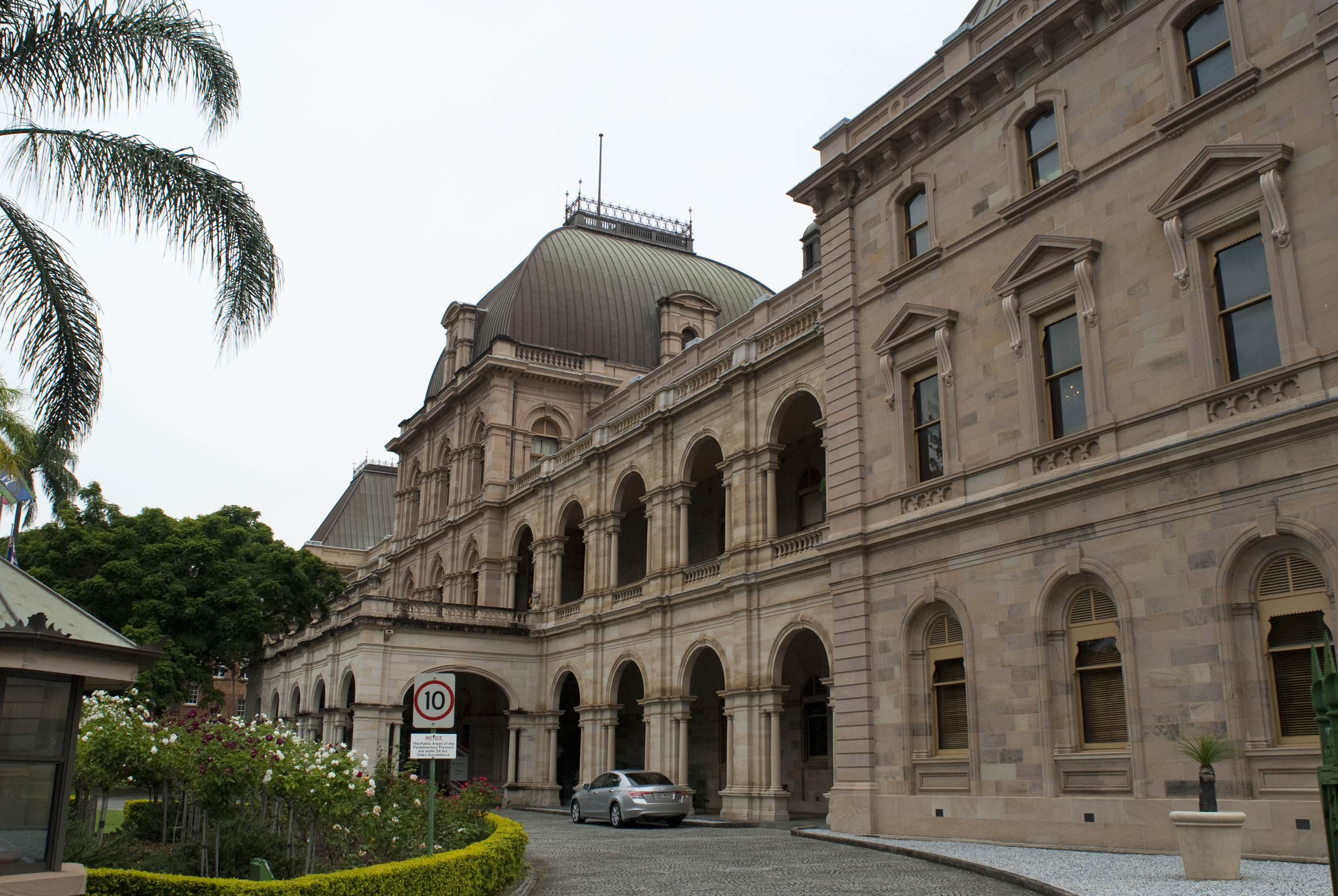 28 the architect queensland parliament catherin for Architecture firms brisbane