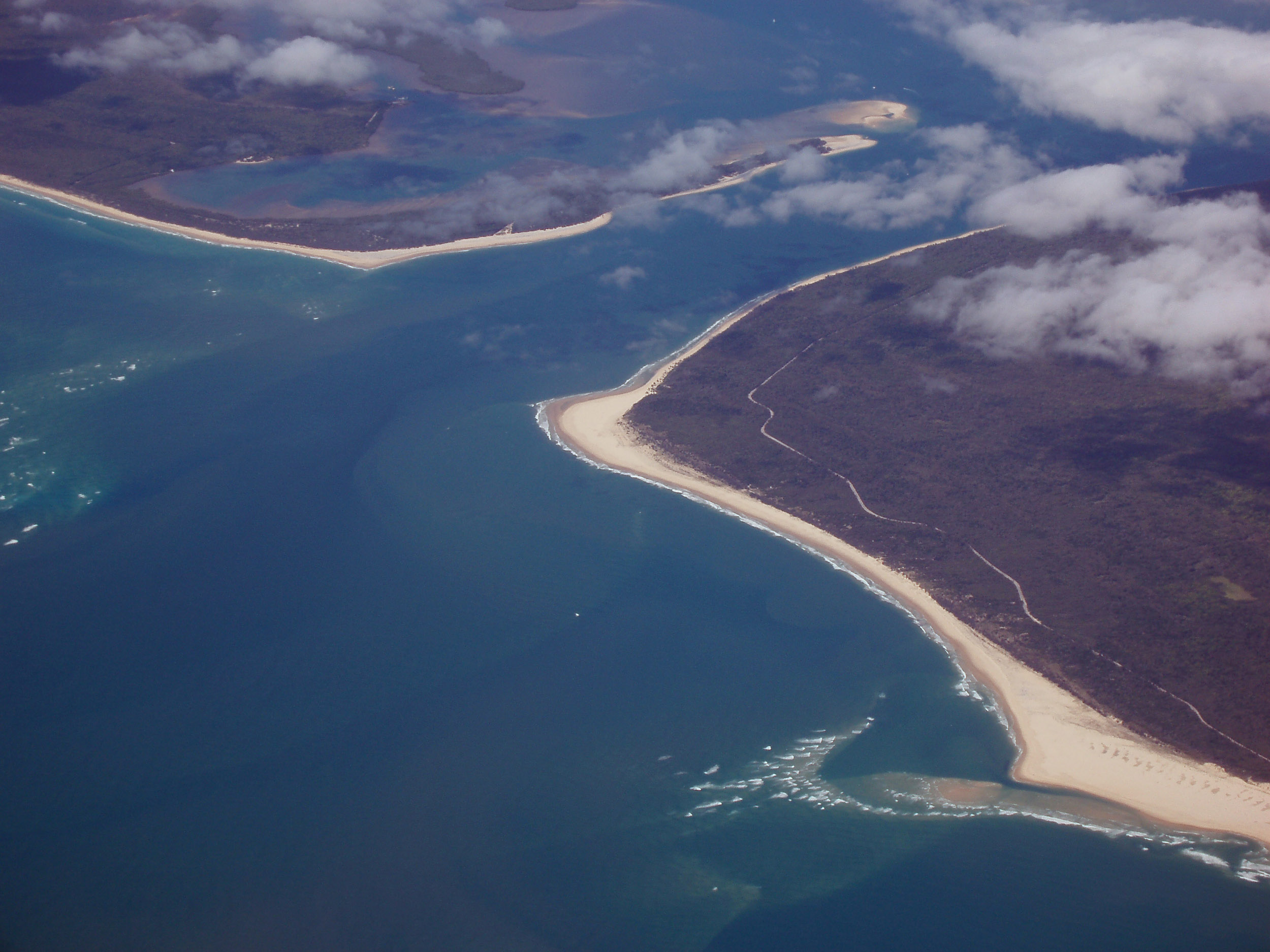 inlet between fraser island and inskip, queensland, coast