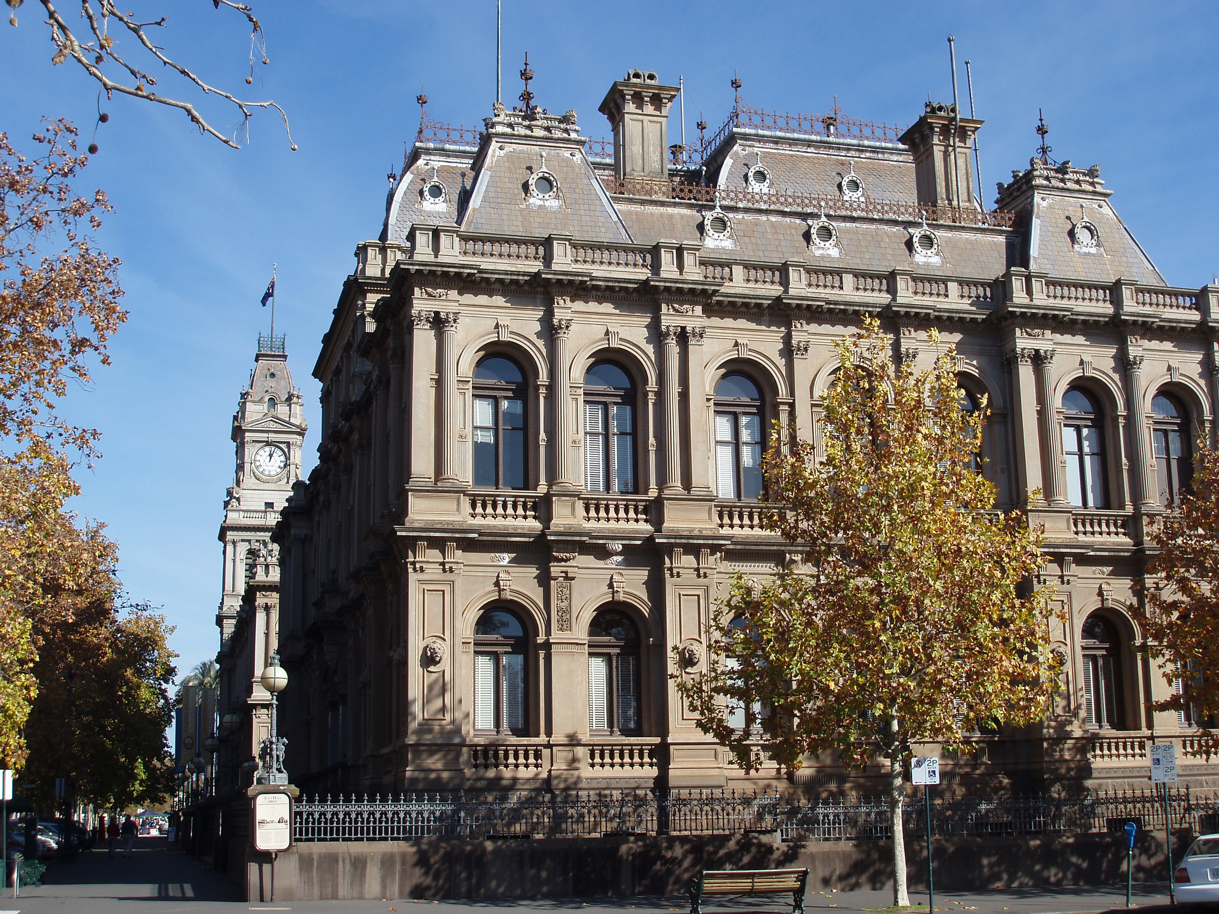 the grand facade of bendigo law courts, victoria