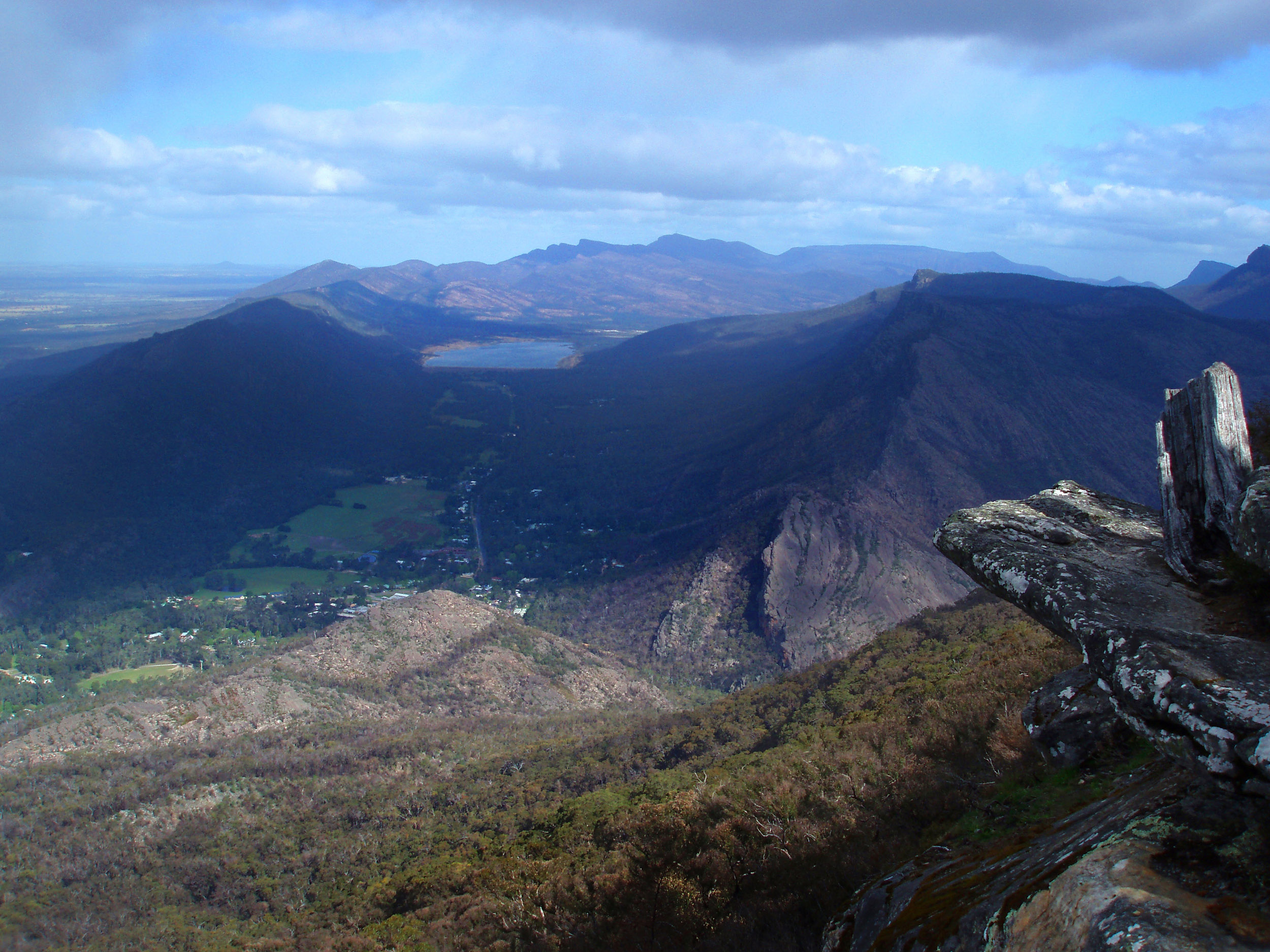 spectacular landscape view in the grampians mountains national park, queensland