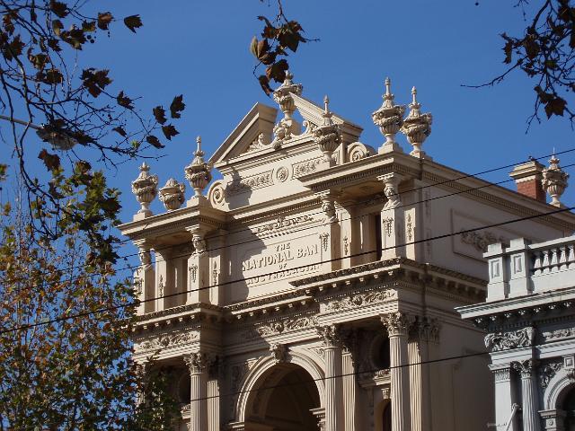 Download original image of bank of australia building [1561kb]